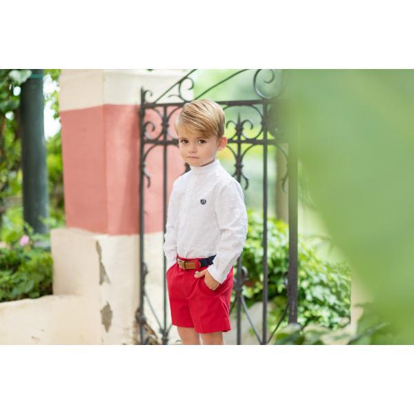 Camisa y pantalón de niño
